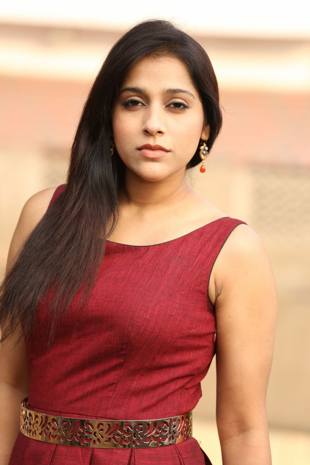 rashmi gautam Rashmi Gautam Sizzles In Her Brand New Outfit | Movie Business Rashmi Hot Pics 216