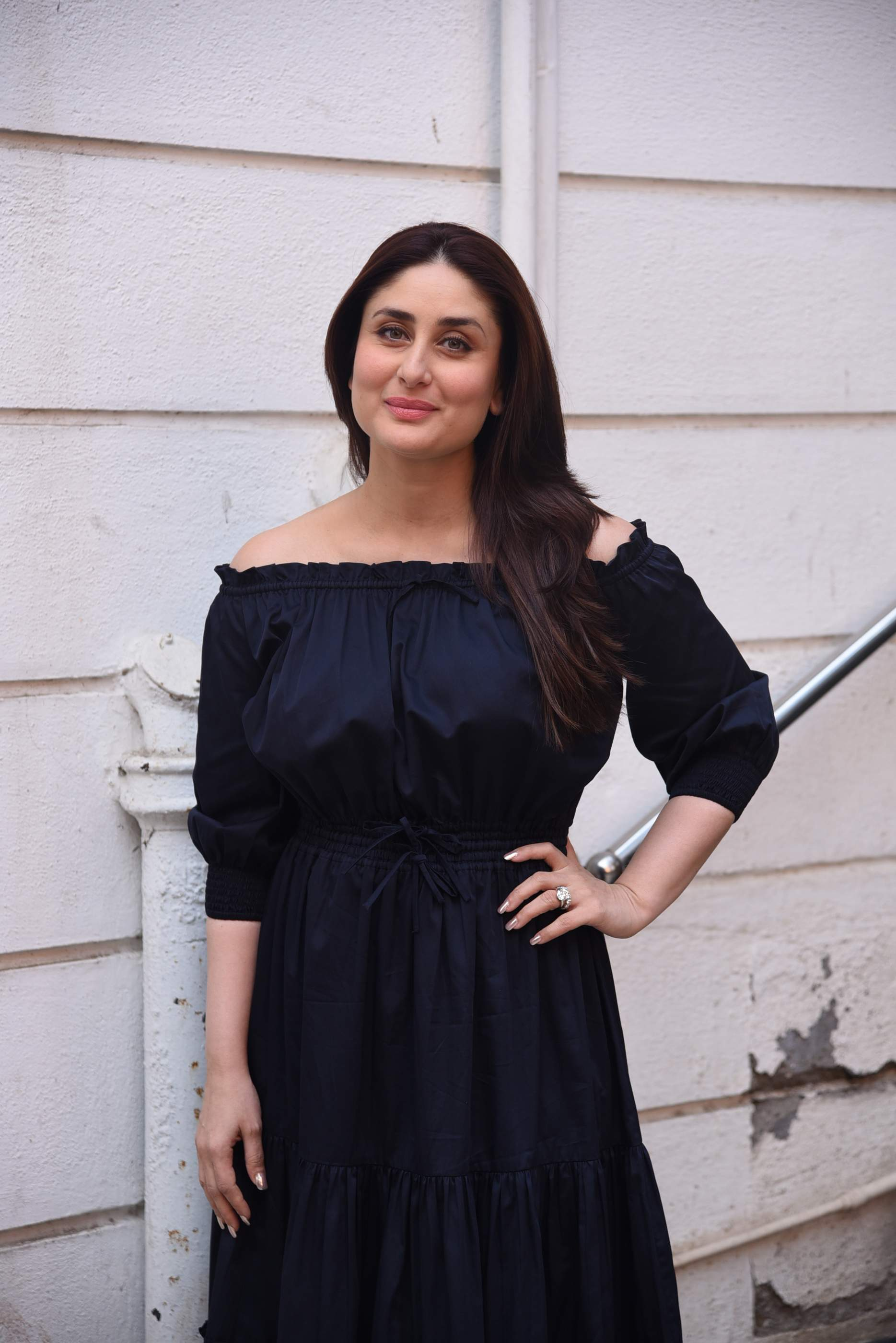 kareena kapoor Brand New Pics of Beautiful Kareena Kapoor Khan | Bollywood Kareena Rujuta Diwekar 26