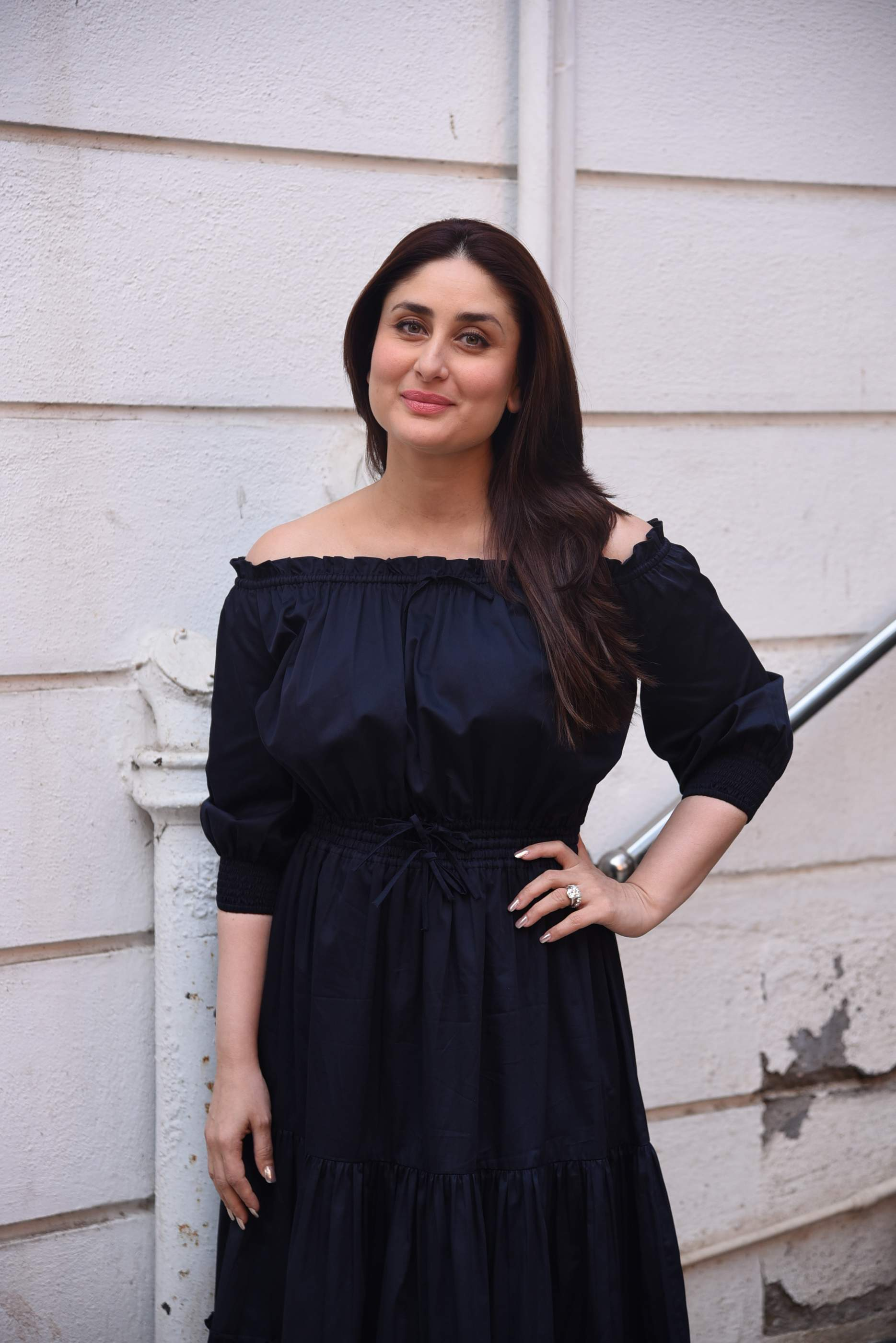 kareena kapoor Brand New Pics of Beautiful Kareena Kapoor Khan | Bollywood Kareena Rujuta Diwekar 27