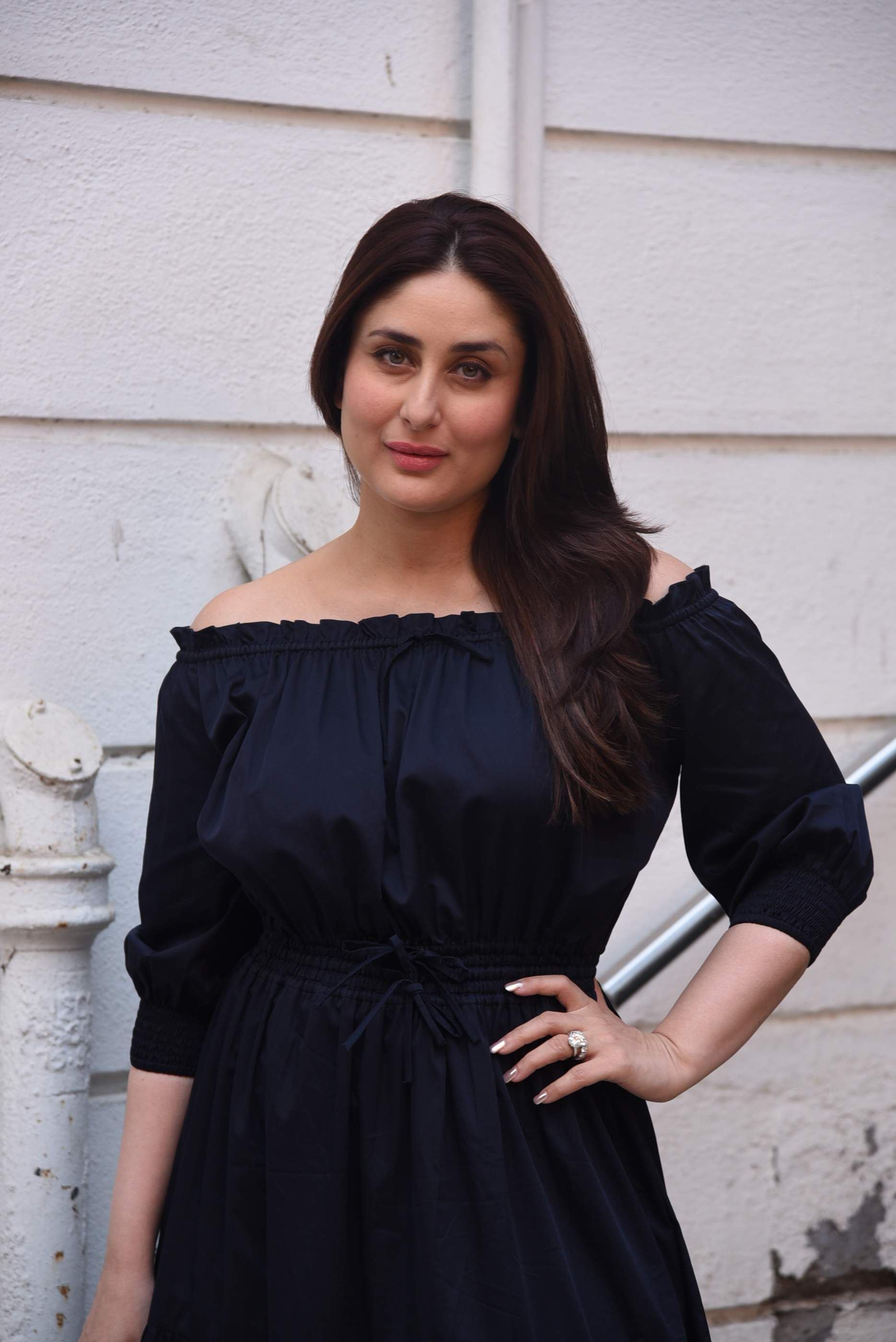 kareena kapoor Brand New Pics of Beautiful Kareena Kapoor Khan | Bollywood Kareena Rujuta Diwekar 31