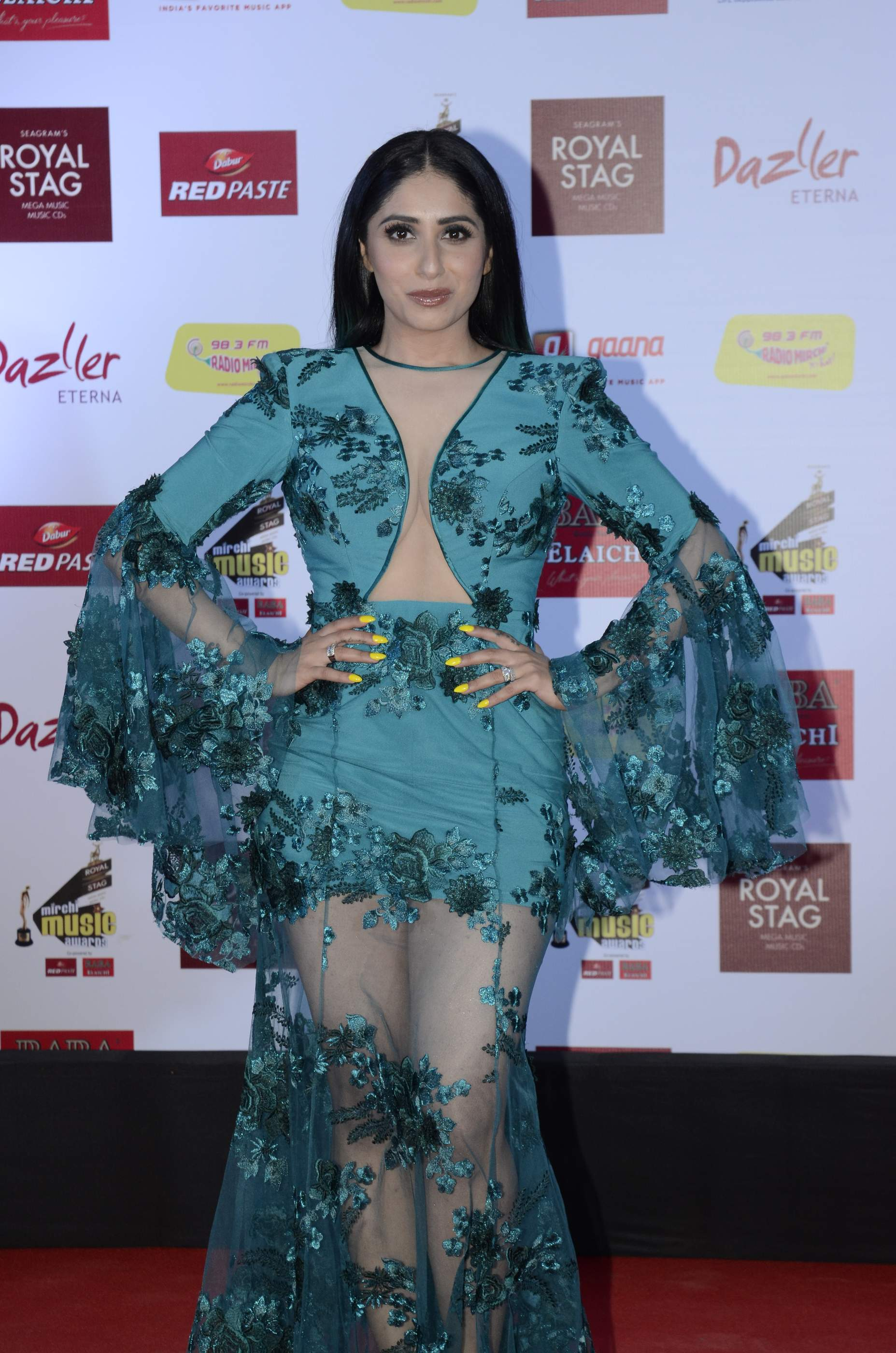 mirchi music HOT Celebs Dazzle At Mirchi Music Awards Event | Models | Actresses Radio Mirchi Awards Red Carpet 4