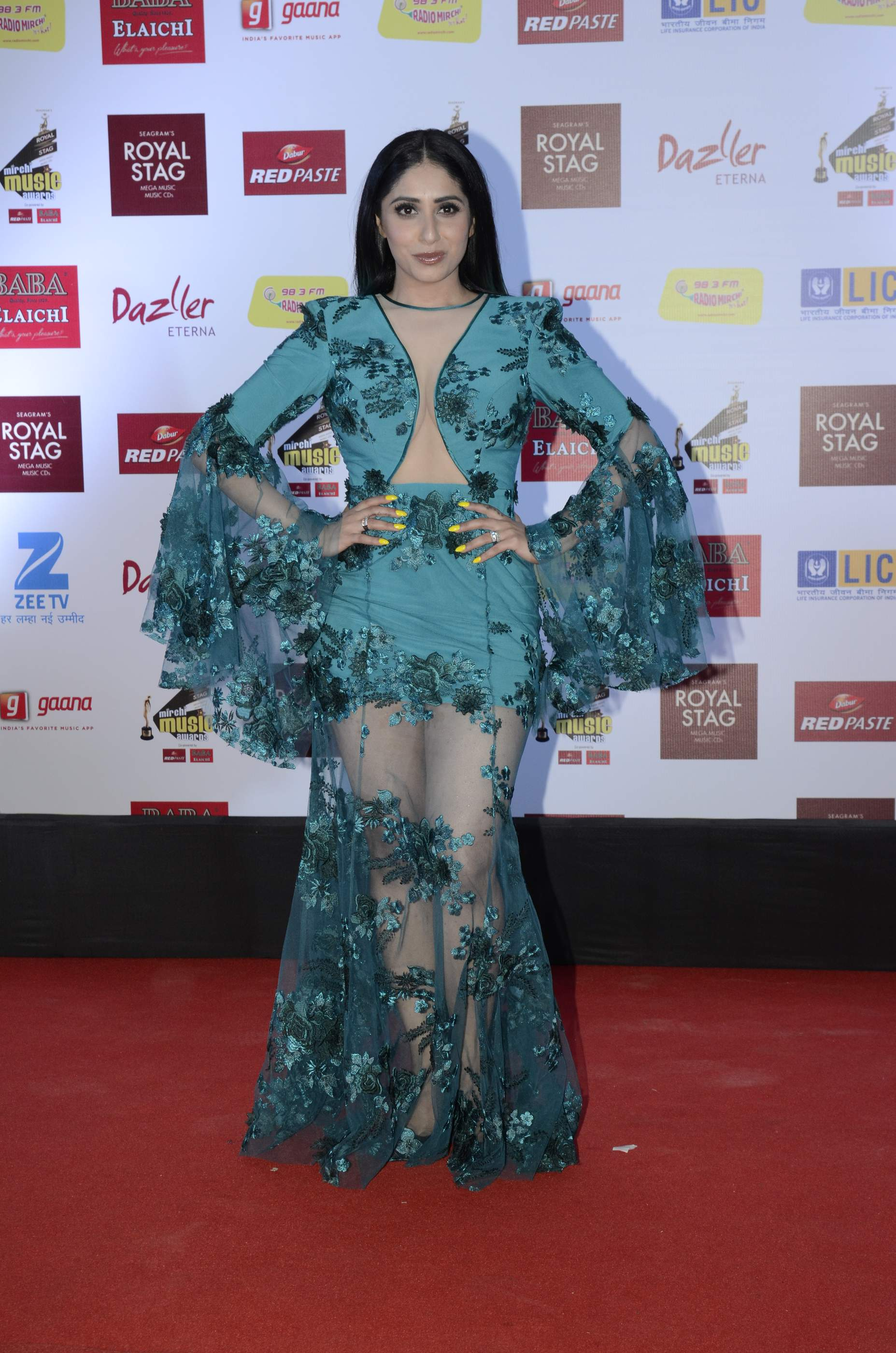 mirchi music HOT Celebs Dazzle At Mirchi Music Awards Event | Models | Actresses Radio Mirchi Awards Red Carpet 5