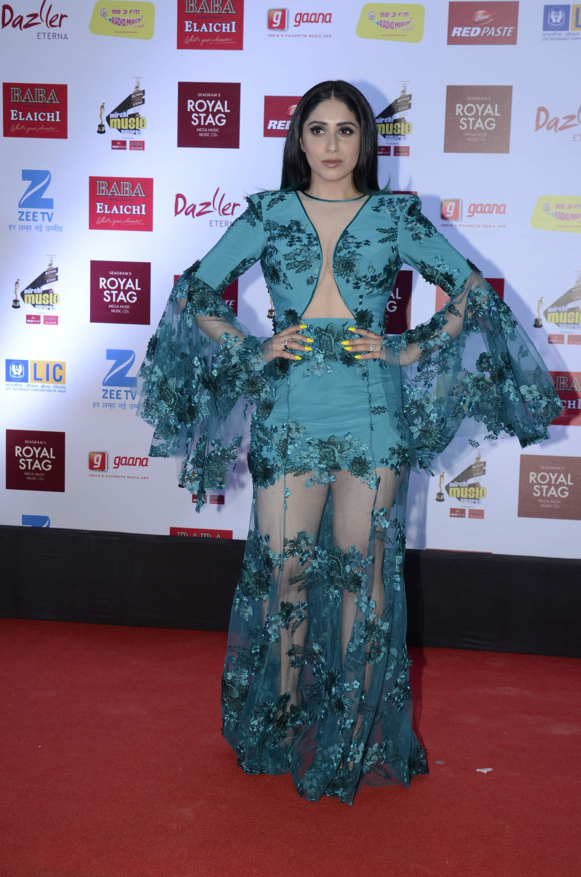 mirchi music HOT Celebs Dazzle At Mirchi Music Awards Event | Models | Actresses Radio Mirchi Awards Red Carpet 8