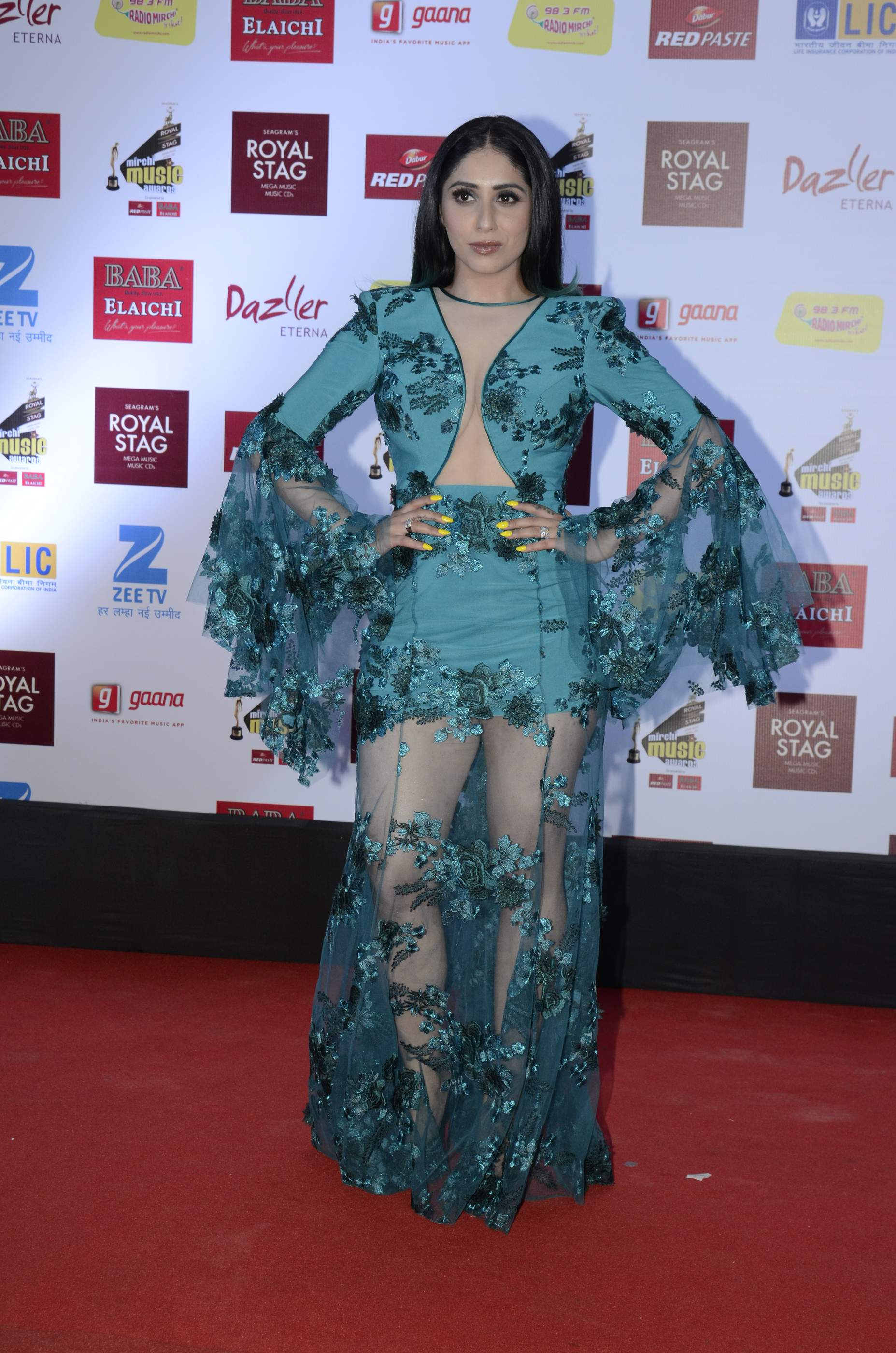mirchi music HOT Celebs Dazzle At Mirchi Music Awards Event | Models | Actresses Radio Mirchi Awards Red Carpet 9