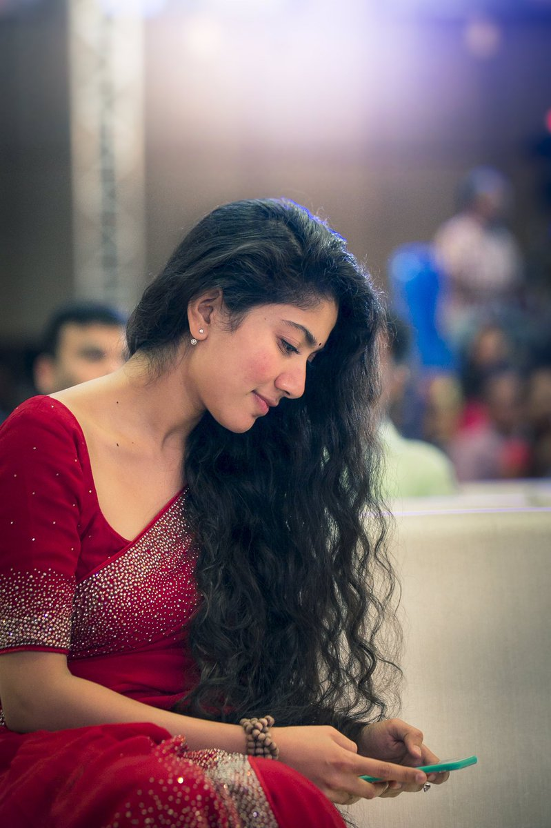 Super Cute Photo Stills Of Actress Sai Pallavi | South Indian Actresses sai pallavi Super Cute Photo Stills Of Actress Sai Pallavi | South Indian Actresses Sai Pallavi Beautiful Pics of South Indian Heroines 4
