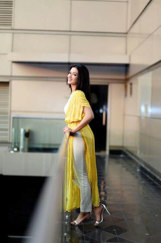 super hot actress catherine tresa sizzles in stunning outfit Super HOT Actress Catherine Tresa Sizzles In Stunning Outfit 1501960844 233 super hot actress catherine tresa sizzles in stunning outfit