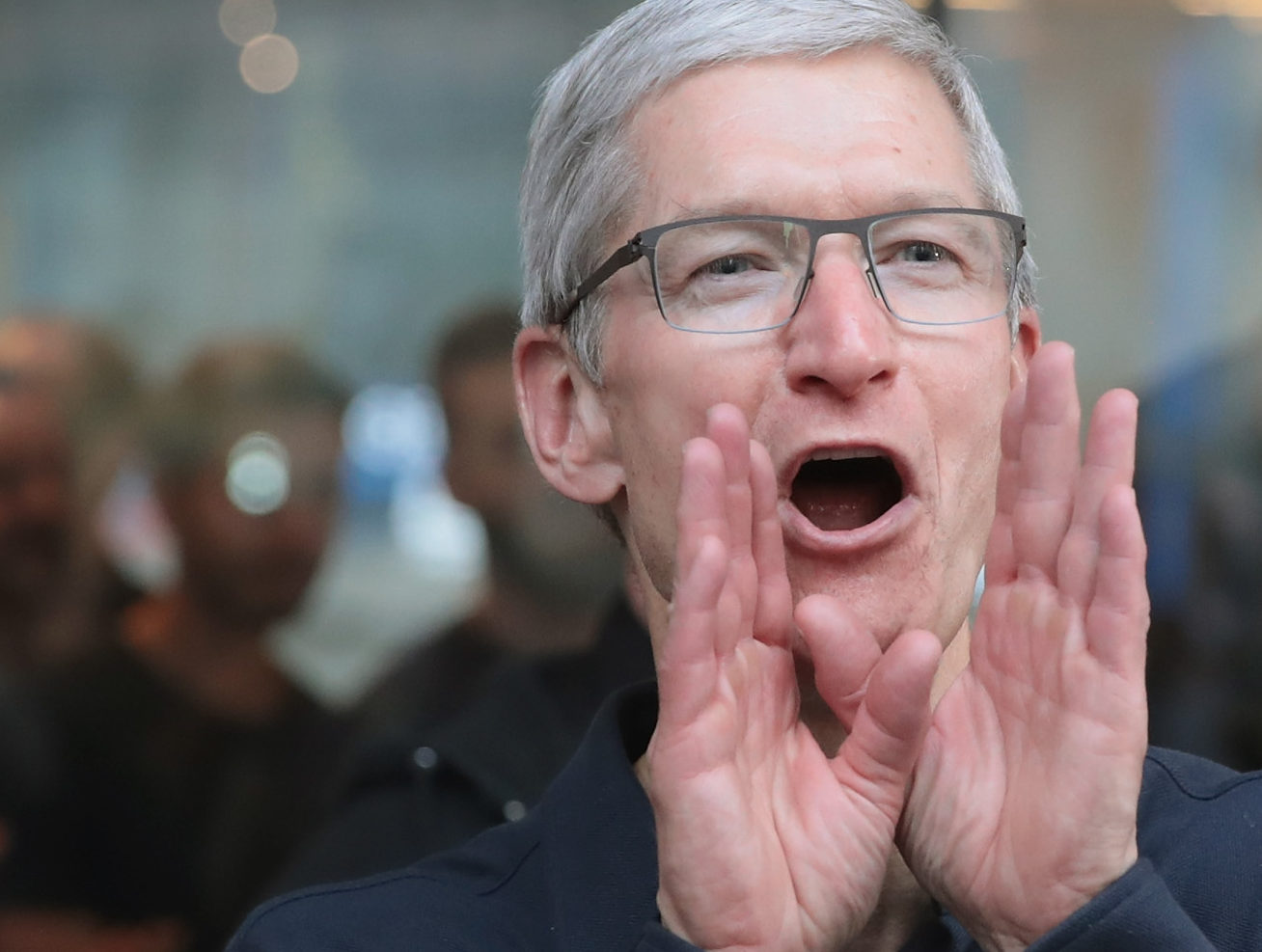 How Much Money Apple CEO Tim Cook Has Earned In 2018? How Much Money Apple CEO Tim Cook Has Earned In 2018? 1550253698 681 how much money apple ceo tim cook has earned in 2018