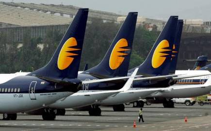 what is the reason behind the increase in grounding of jet airways aircrafts?? What is the reason behind the increase in grounding of Jet Airways aircrafts?? what is the reason behind the increase in grounding of jet airways aircrafts